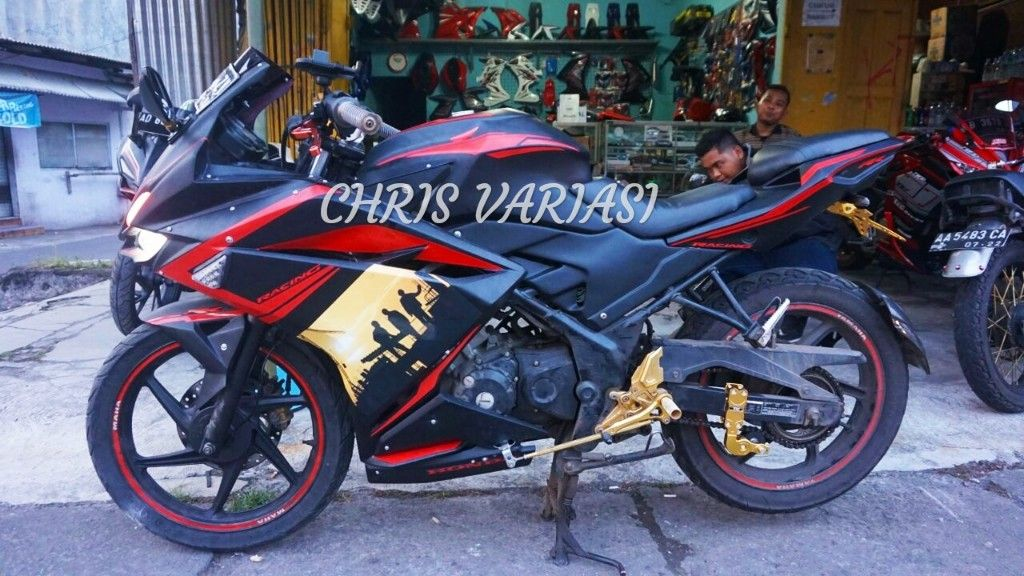 Fullset Fairing CBR250RR V2 on Cb Old